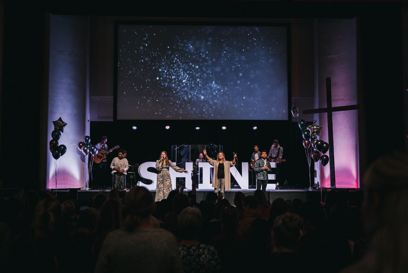 Shine nov 2019-worship